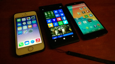 el nuevo Nexus 5 vs iPhone 5s y Lumia 1020