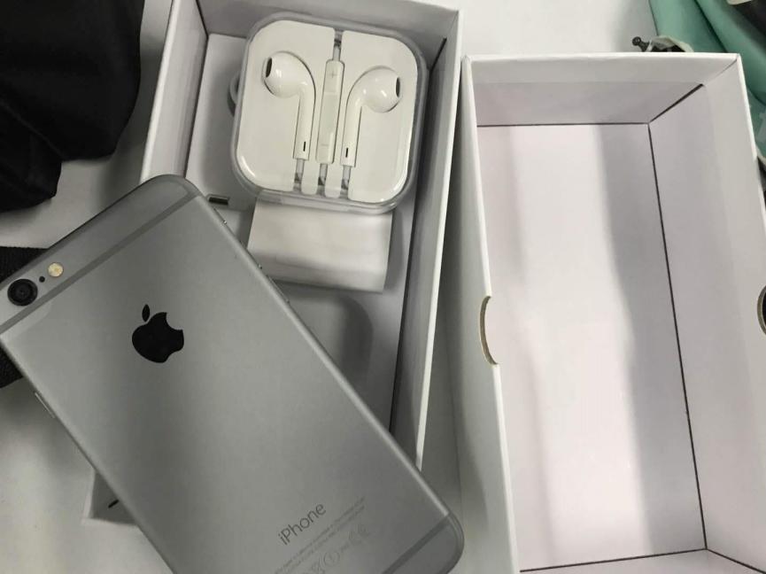iPhone 6 versus Galaxy S9 Plus